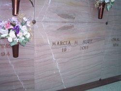Marcia M Aust
