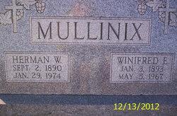 Winifred Edna Winnie <i>Pearce</i> Mullinix