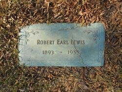 Robert Earl Lewis