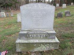 Lois <i>Smith</i> Austin