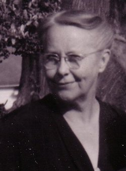 Mary Lou <i>McManus</i> Adams
