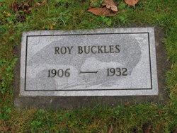 Roy L Buckles