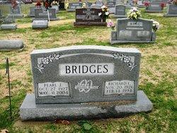 Richard l Bridges