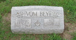 Lyda <i>Herr</i> Vom Bey