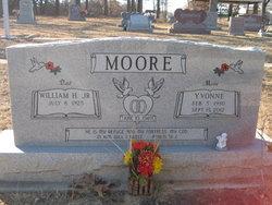 Yvonne <i>Williams</i> Moore
