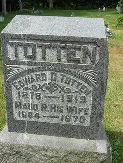 Maude R <i>Totten</i> Knapp