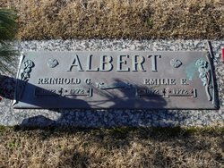 Emilie Earnestine <i>Koebele</i> Albert