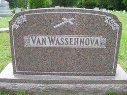 Elizabeth <i>Compau</i> Van Wassehnova