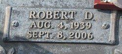 Robert D Arens