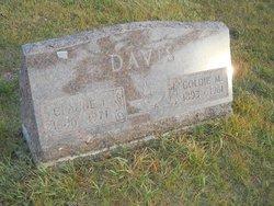 Claude Earl Davis