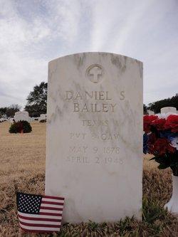 Daniel S Bailey