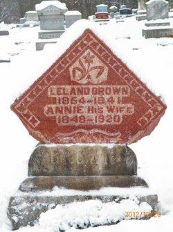 Winifred A Annie <i>Cheshier</i> Brown