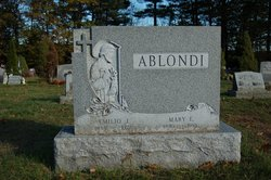 Mary E <i>Oneido</i> Ablondi
