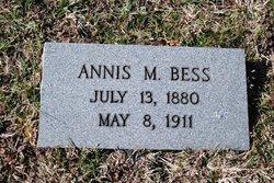 Annis <i>Mounts</i> Bess