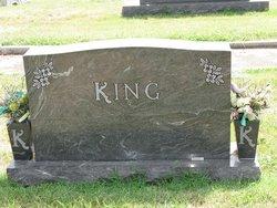 Vina <i>Sawyer</i> King