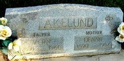 Dennie <i>Larsen</i> Akelund