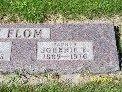 Johnnie T Flom