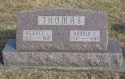 Harold E Thomas