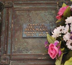 Jeanette Wilma Jean <i>Morris</i> Beckman