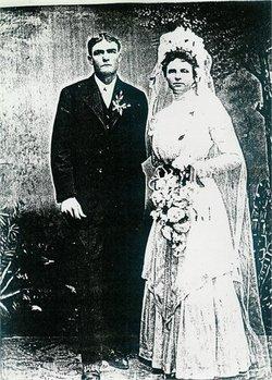 Freda Marie <i>Luetge</i> Seelke