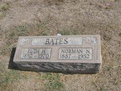 Ruth H <i>Pierce</i> Bates