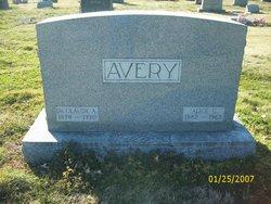 Alice G Avery