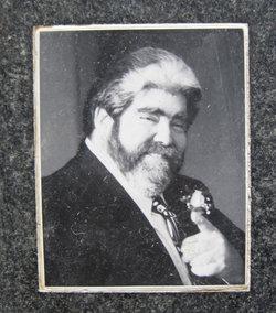 Robert L Abrams