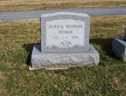 Patricia <i>Reynolds</i> Putman
