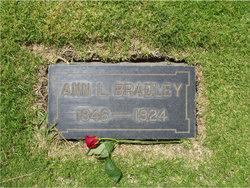 Anna Maria <i>Lindsey</i> Bradley