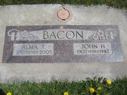 Alma Theresa <i>Turner</i> Bacon
