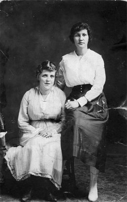 Beulah Gertrude <i>Trayah</i> White