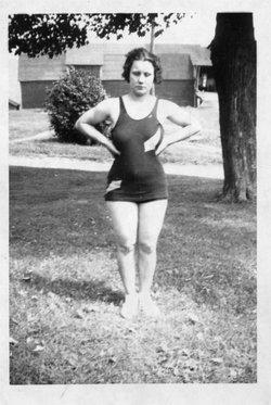 Rita Mae <i>White</i> LaRochelle