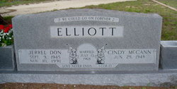 Cindy <i>McCann</i> Elliott