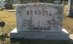 Elizabeth M Berdoll