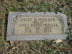Daisy Delona <i>Bumpurs</i> Mouser