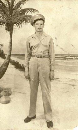 Ralph R Williams