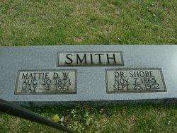 Dr Shobe Smith