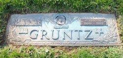 Richard C Gruntz, Sr