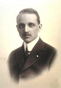 Leonard E. Oldfield, Sr