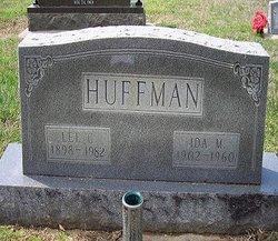 Lee Columbus Huffman