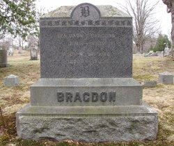 Benjamin T Bragdon