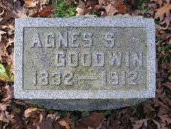 Agnes Summers <i>Grierson</i> Goodwin