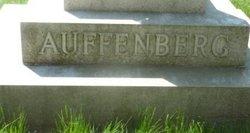 Female Auffenberg