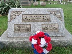 Anna E Aggers
