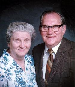 Edna R <i>Warren</i> Almond