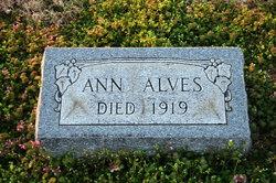Ann <i>Tolbert</i> Alves