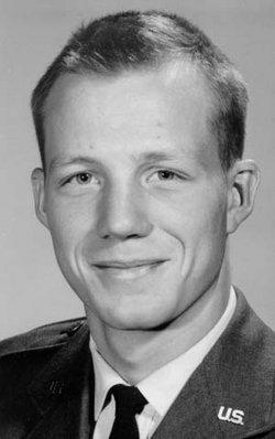 Capt Kenneth Roy Ken Crist