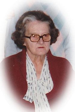 Betty Flora <i>McCleaf</i> Smith