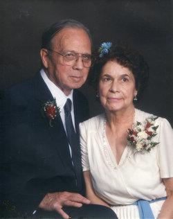 Ruth Vivian <i>Lowe</i> Cecil