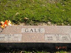 Lola E. <i>Roberts</i> Gale